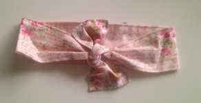 Headwrap - Pale Pink Floral - OUR BRANDS (Isla + Me)